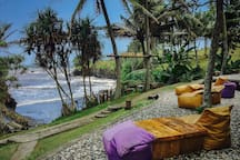 secret garden restaurant balian beach