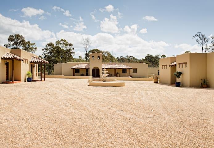 Santa Fe  -  luxury king bed studio