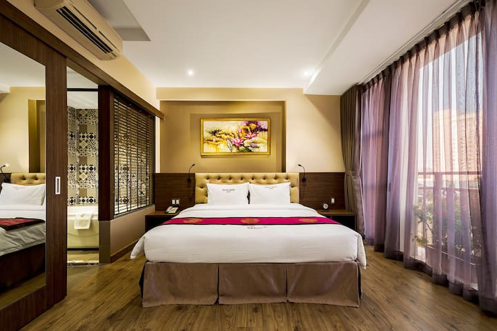 Sunflower Saigon Hotel - Superior Room