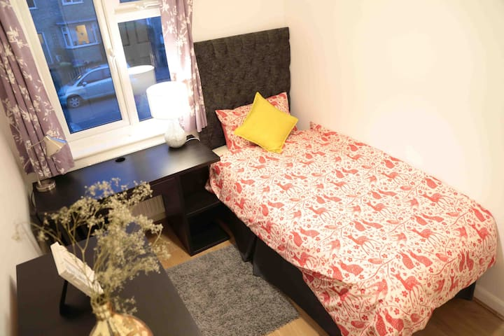 Single near Railway Tesco S - Cambridge