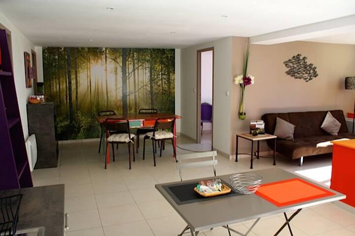 Appartement deux pièces avec terrasse, BOULIAC