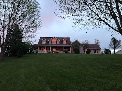Diamond Lake House