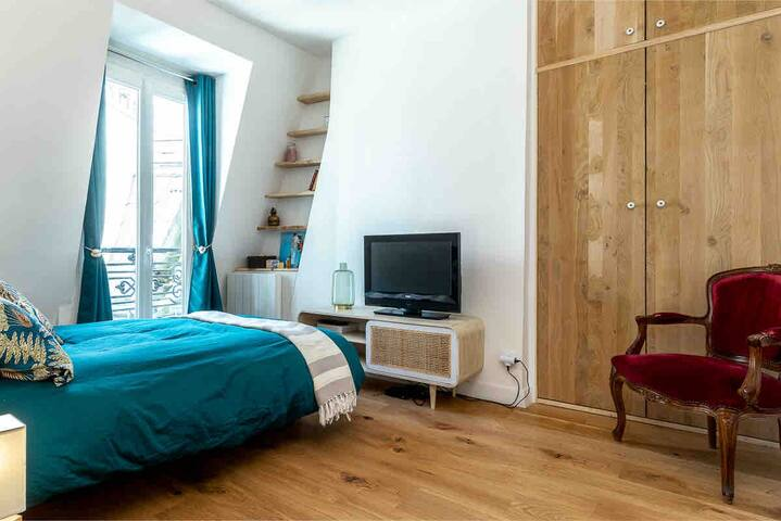💕❤️ Brand new Flat in Montmartre Paris ❤️💕