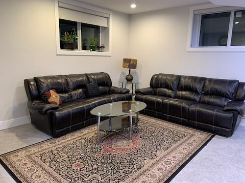 Executive 2 Bed Suite with Separate Entrance