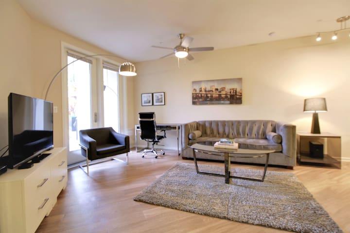 Business Friendly 1BR/1BA Urban Flat @RedwoodCity