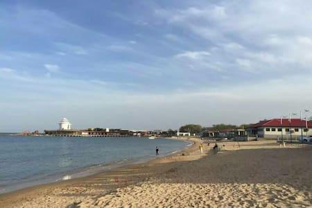 5分钟到海边,免费蒸煮海鲜的北戴河非常海宾馆家庭房(不接外宾) - Qinhuangdao - その他