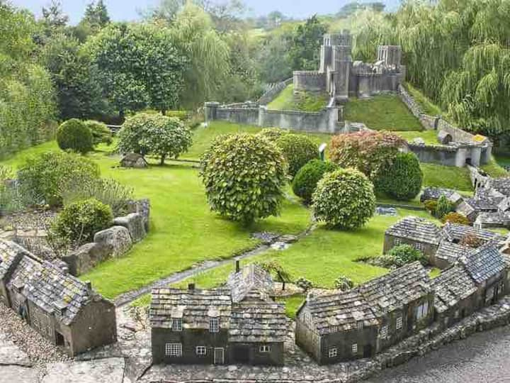 Corfe Castle Model Village Airbnb