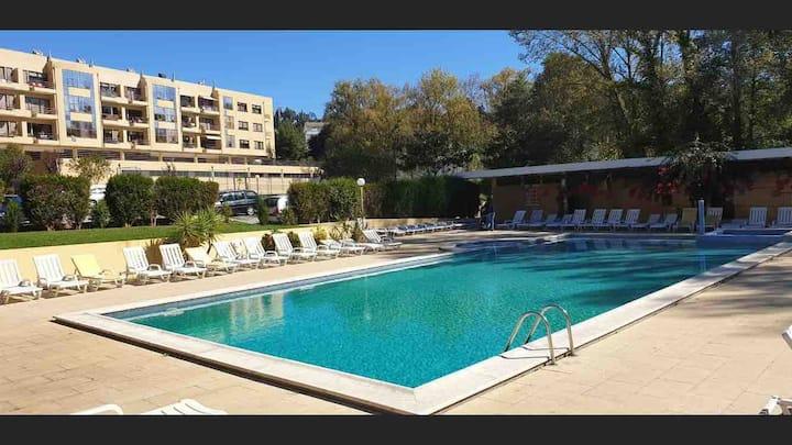 Apartamento em condomínio privado em Francelos