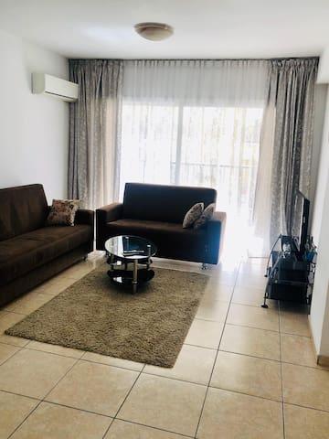 Комната в 1км квартире
