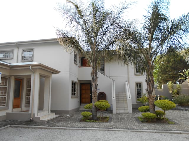 Summer Garden One & Half Bedroom Apartment - Benoni - Apartment