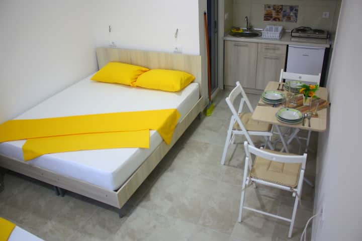 Apartments Villa Naumovi (Yellow)