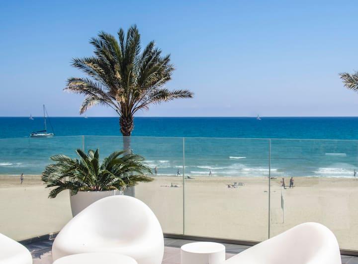 Luxury 1st line penthouse in Muchavista beach