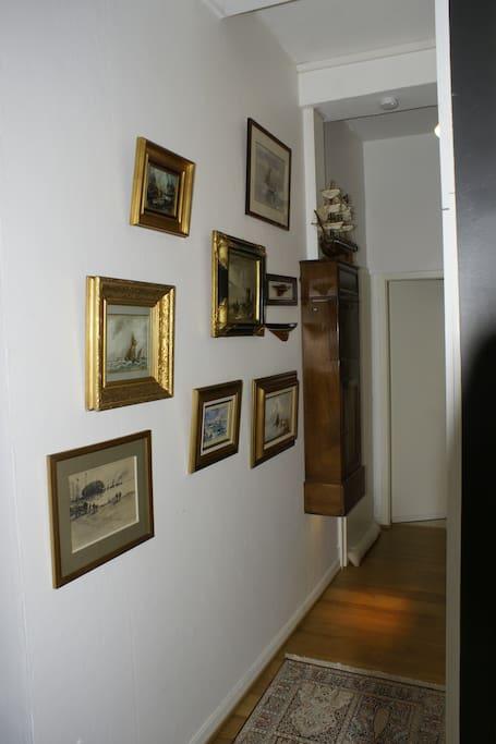 couloir d'accès au salon