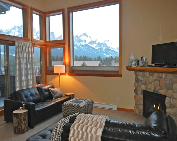CHATEAU CANUCK | BANFF MTN VIEW | WINTER ON SALE