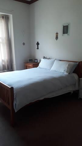 Small comfortable/cosy villa
