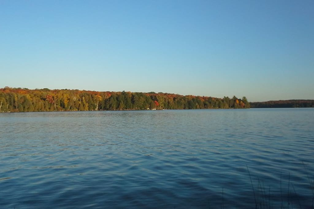 The fall leaves are spectacular on Deer Lake