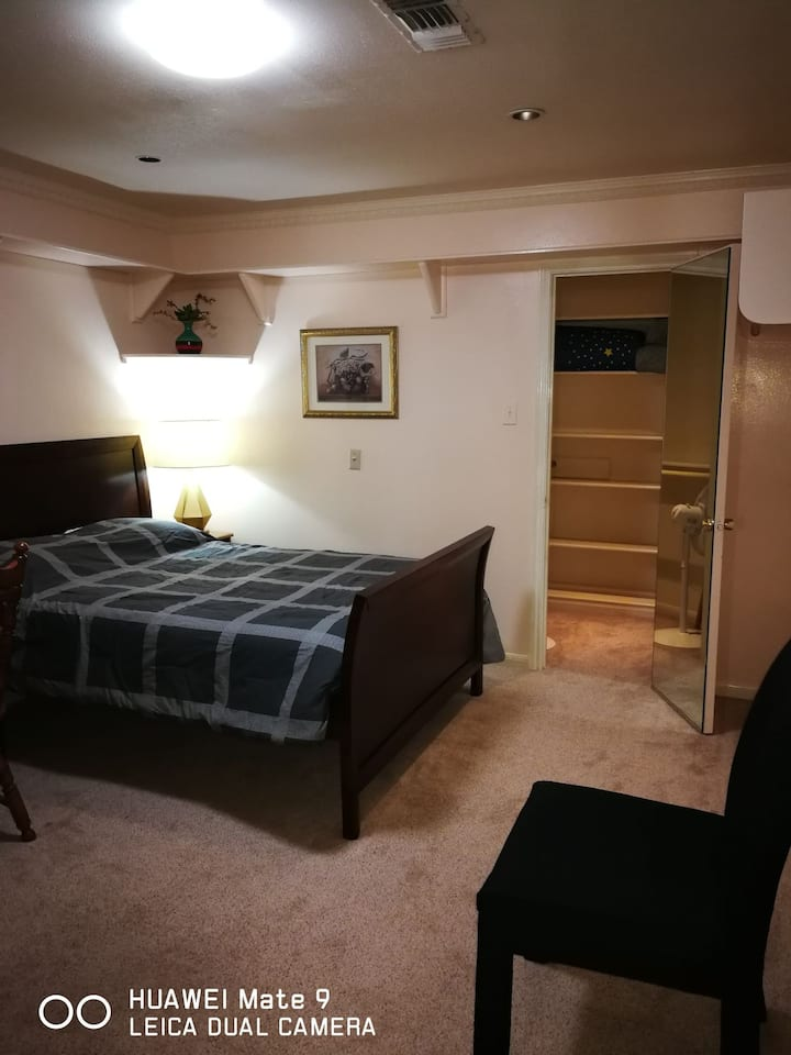 Master Room with  private bath room walkin closest