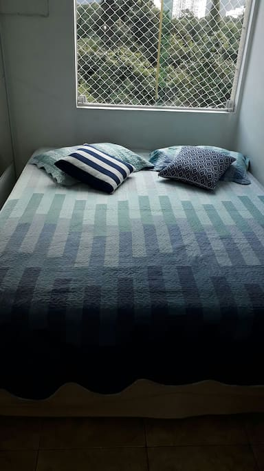 quarto de casal cama queen
