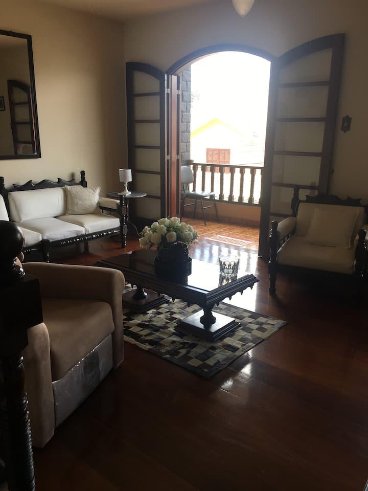 Casa totalmente equipada em São Lourenço- MG