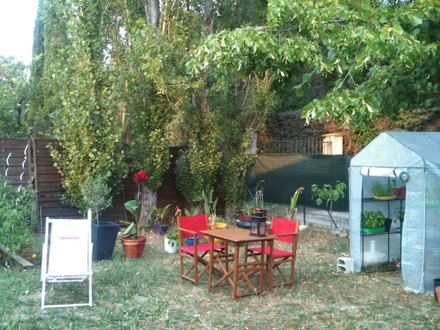 House with 200m² Garden