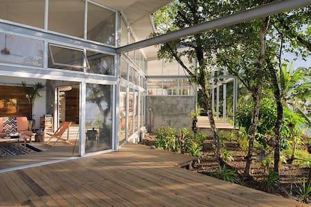 Casa Comunal- Entire House - Bocas del Toro