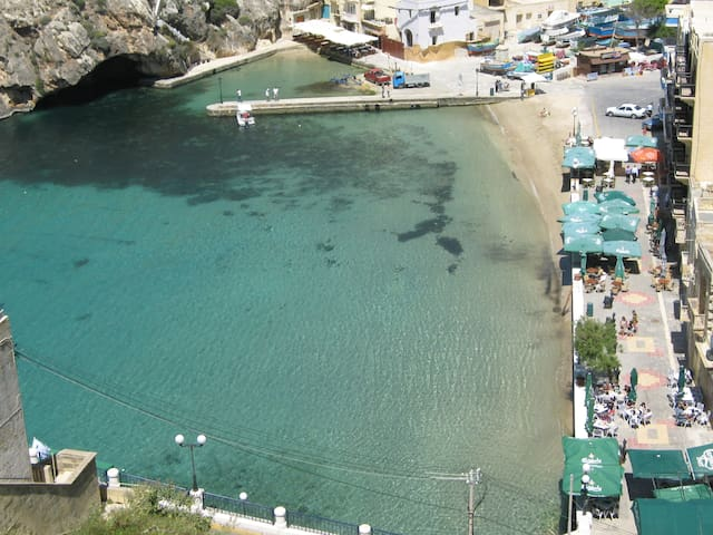 Seaview Xlendi bay apartment-WIFI - Xlendi - Apartemen