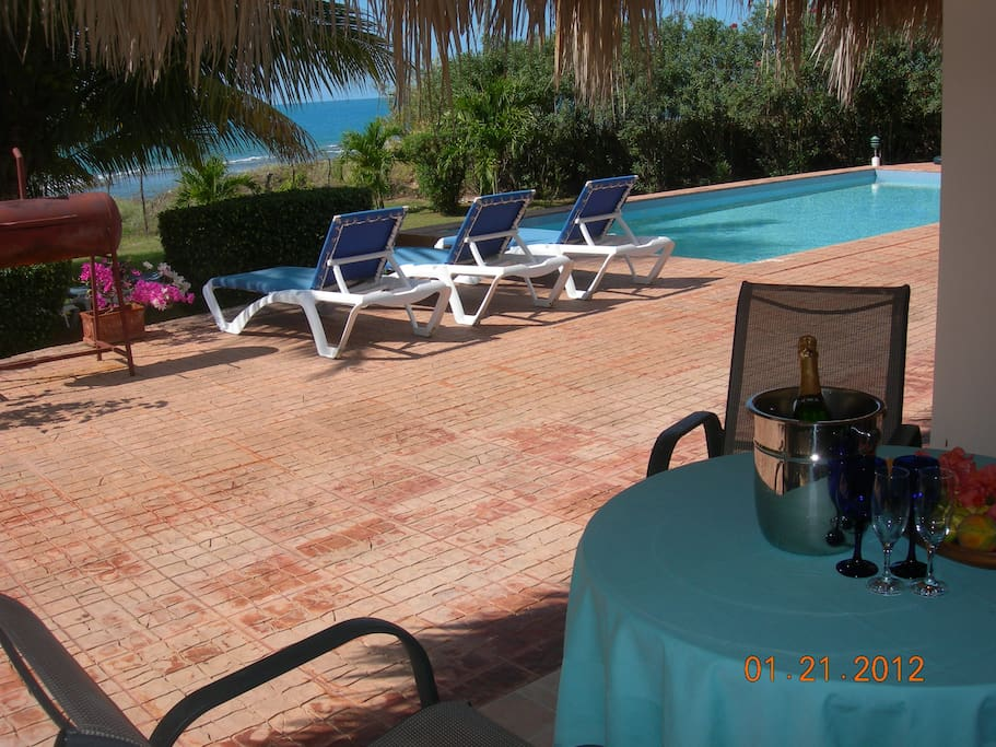 View from your terace over the Pool into the Caribbean Sea