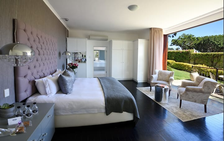 Luxury Fresnaye Guest House, Family Room (4 Sleeper) 21