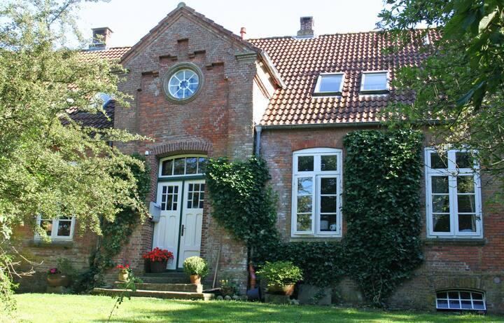 Pause in der Alten Schule Eiderstedt (6 Personen)
