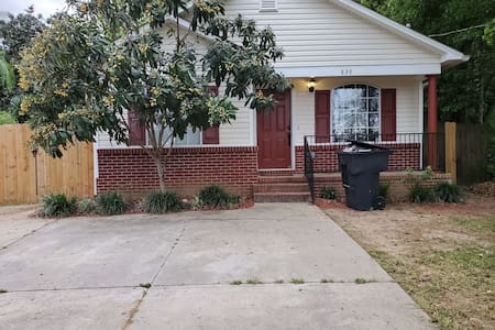 Master Bedroom with private bath 1 Block from FAMU