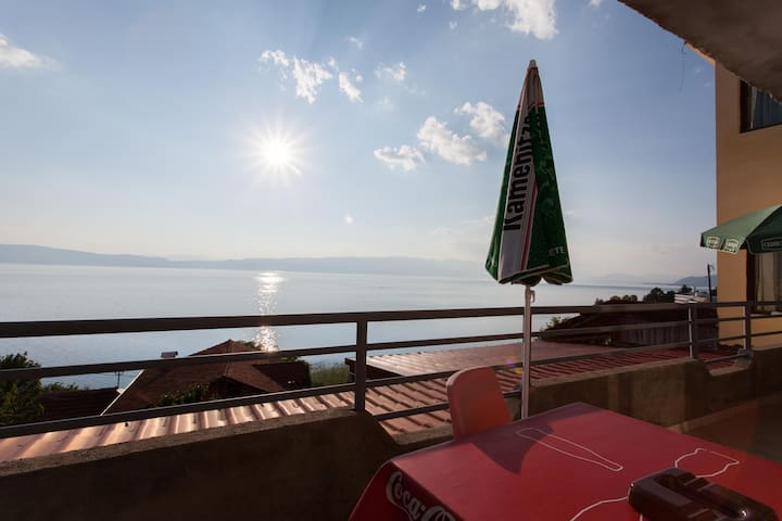 Great view and a cosy apartment - Ohrid - Apartment