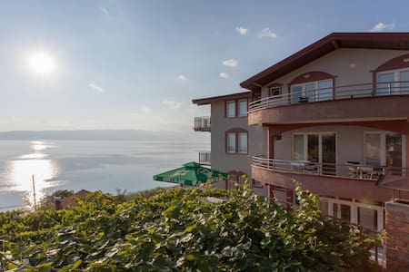 Discover the beauties of Ohrid Lake - Dolno Konjsko - วิลล่า