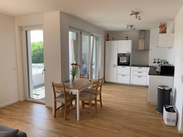 3-Raum Appartement mit Balkon & Tiefgarage