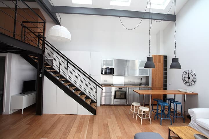 Amazing architecte loft 10 minutes from La Defense
