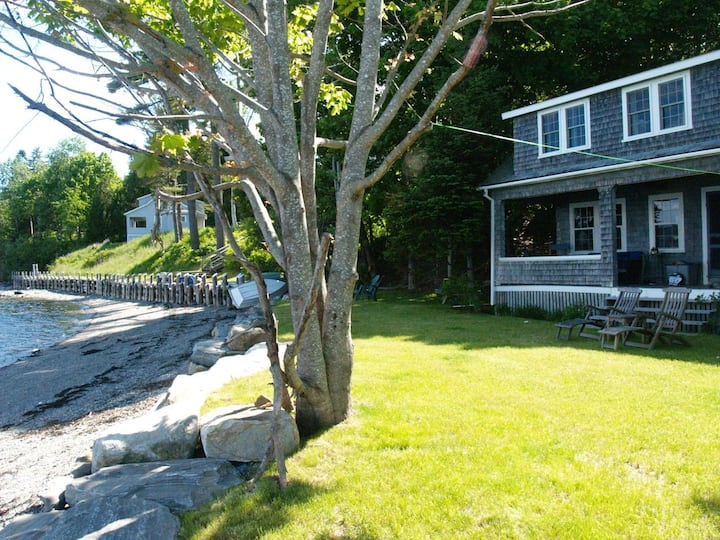 Seaside Cottage on Penobscot Bay