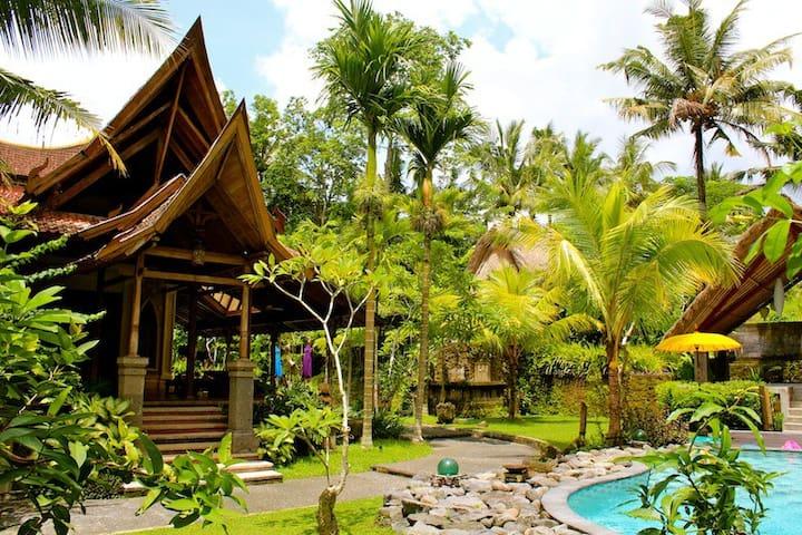 Private Villa Retreat in Ubud - Banjar Ambengan, Peliatan, Ubud - Maison