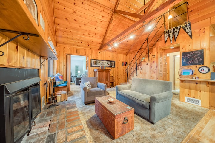 Peaceful dog-friendly cabin with deck, forest & mountain views, & private grill!