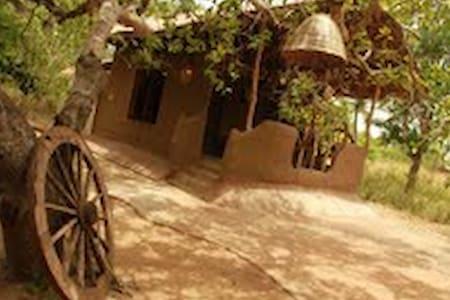 Boo oya Nature resort- Mud House  - Medawachchiya - บ้านดิน