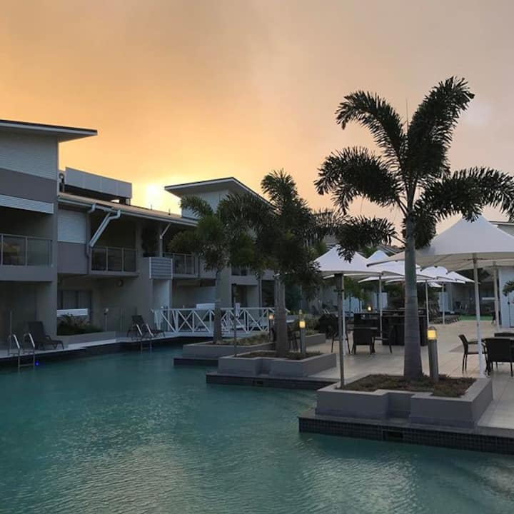 2BD Spa Pool View Lagoons (Free cleaning and WiFi)
