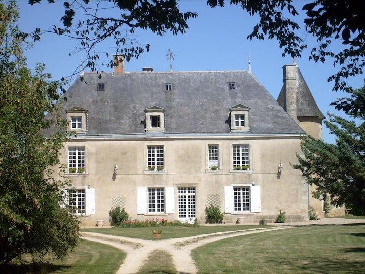 Chateau de Boiscoursier ( B & B )