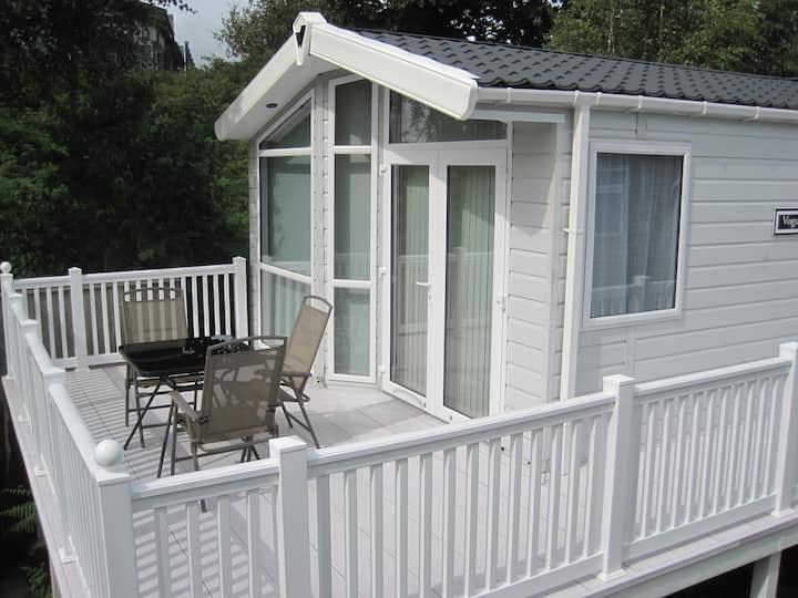 2 Bedroom Luxury Lodge Rockley Park - sleep 5-6ppl