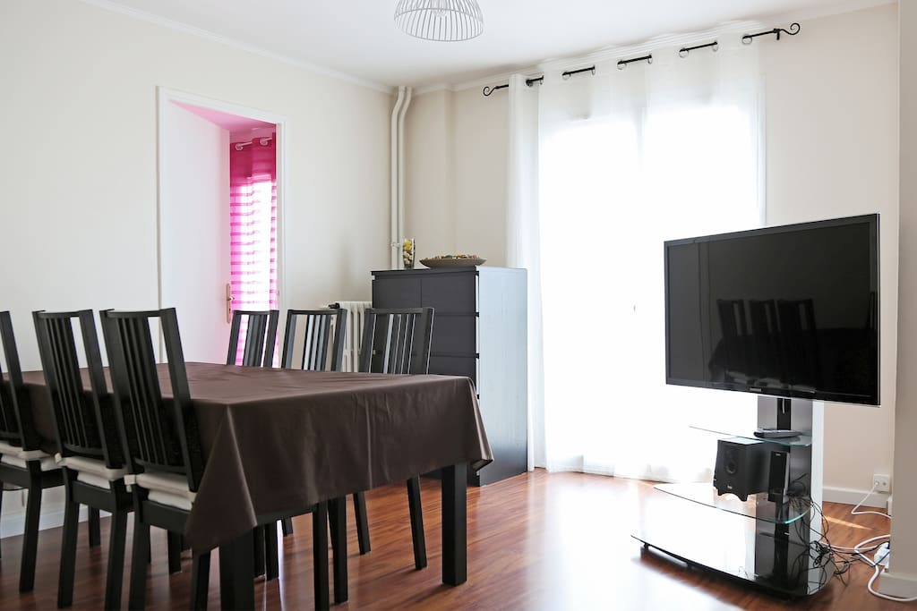 appartement meubl tout confort apartments for rent in toulon provence alpes c te d 39 azur france. Black Bedroom Furniture Sets. Home Design Ideas