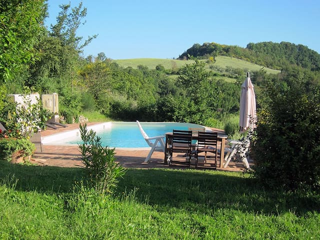 Enchanting casale w/ pool - Umbria - Guardea - Vila