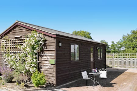 Windmill Cottage (28698)