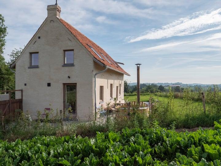 Kompas Gîte: Een huisje midden in de velden!