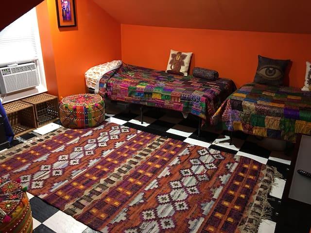 Zen Room @ Grimmswick