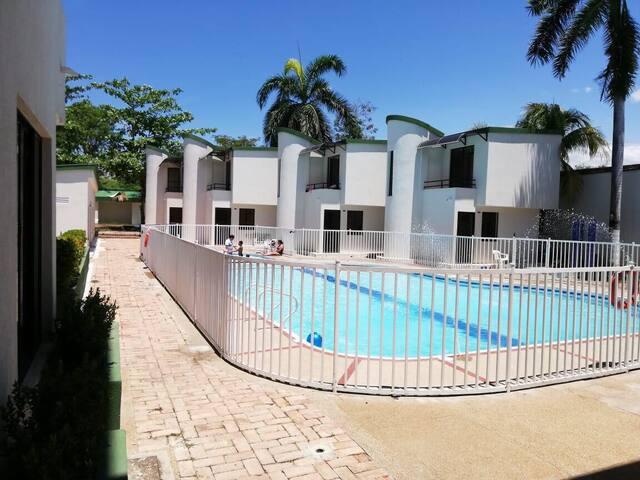 Hostal familiar Campestre (Ricaurte-cundinamarca)
