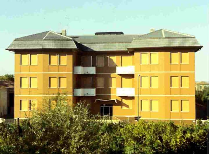 Appartamento con tre camere da letto per 5 Ospiti