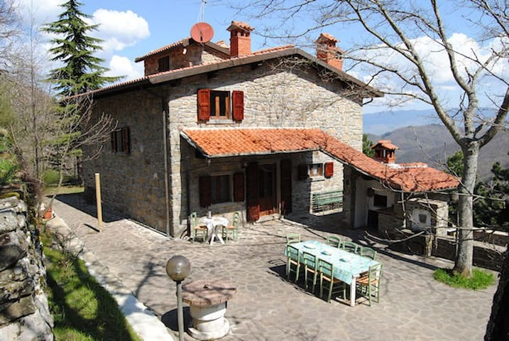 Holiday FarmHouse in La Magnana - Cortina - House