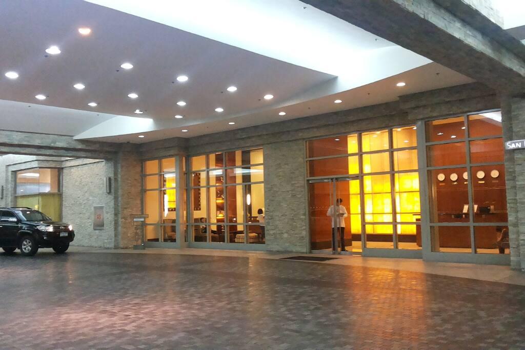Entrance San Lorenzo Tower